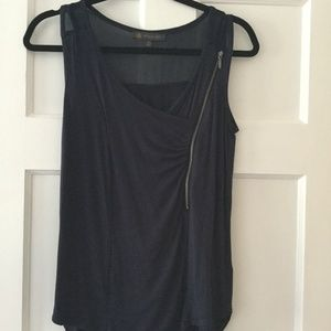 Women's The Limited Outback Red Navy Tank Top with